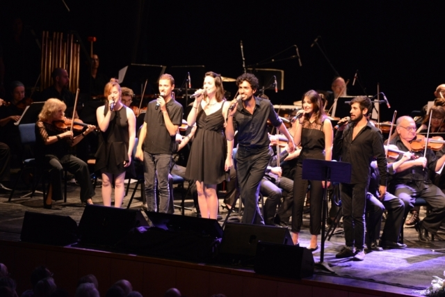 Nurit's band in concert from her songs with the Haifa Symphony